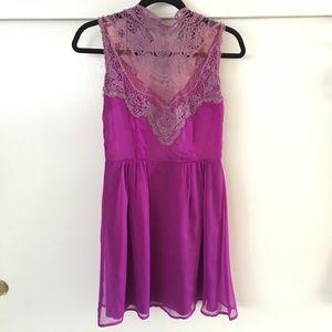 Nasty Gal - Chiffon & Lace High Neck Mini Dress SM